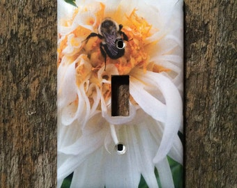 Light Switch Plates, Single Toggle, Bumble Be on White and Yellow Dahlia
