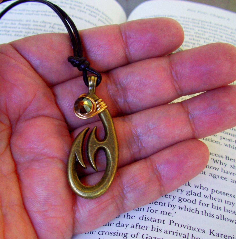 Hawaiian fish hook necklace n600 maui moana steampunk for Maui fish hook necklace