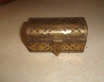 vintage dresser trinket box wood brass overlay jewelry
