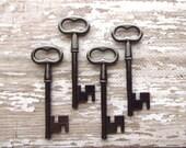 4pcs - Alvor Black/Gunmetal Skeleton Key