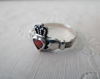 vintage sterling silver and red stone ring - Irish, claddagh, size 10