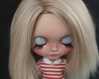 Ready to ship/ Alpaca/Doll hair/  Suri Alpaca hair/ rerooting scalp/ for Blythe Doll in Very Light londe 2 tone 6-7  inches