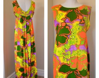 Liberty House Hawaii Vintage Waterfall Back Maxi Dress Hawaiiana Hawaiian 1960s Summer Floral Hibiscus Print Groovy