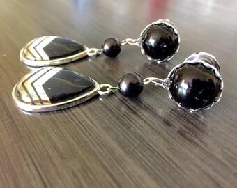 Black Teardrop Dangle Ear Plugs, 4g 2g Gauges 0g 00g Dangle Plugs Body Jewelry Gauged Earrings Acrylic/Wood Tunnels/Steel Screw Back Plugs