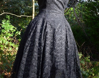 80s Strawberry Switchbade black lace prom dress size M