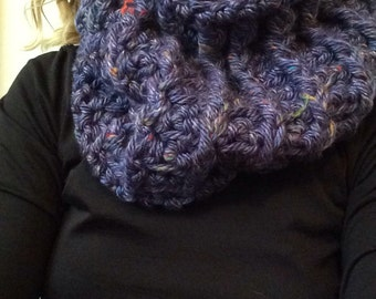 Purple Speckle Cowl Scarf / Infinity Scarf / Chunky Scarf / Ribbed Scarf / Detailed Scarf