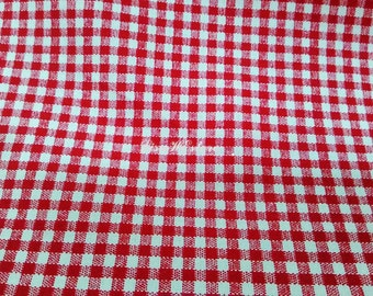 Small plaid in red and white, fat quarter, pure cotton fabric