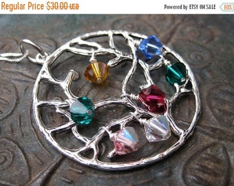SALE Family Tree Birthstone Necklace - Mothers Necklace - Grandmas Necklace