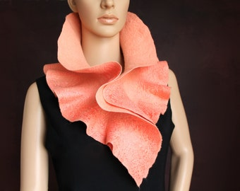 Handmade felted ruffle scarf - Peach Colour scarf - Scarf collar - Neck warmer - Ready to ship