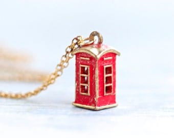 Red Phone Box Necklace - Souvenir from England