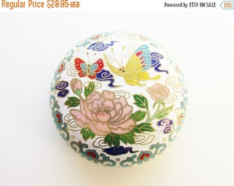 SaLe Vintage White Enameled Cloisonne Trinket Dresser Box Lotus Flower Butterfly