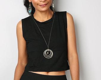 Short Black Top / Sleeveless Black Top / Black Tank Top : Urban Chic Collection No.34