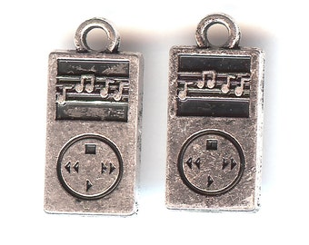 MP3 PLAYER Charm. Silver Plated. 3D. iPod. Tunes. Screen.