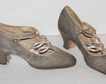 1920's Silver Metalic Brocade Flapper Shoes Original Vintage Art Deco Heels