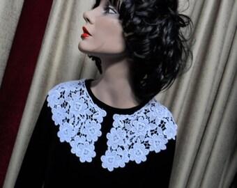 Collar pieces, white, cotton lace, vintage