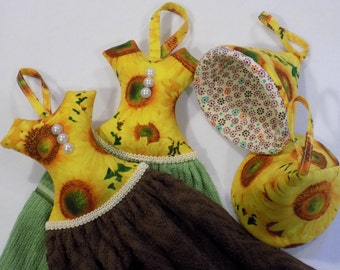 Set of 2(two) Hanging Dish Towels, Dress hanging kitchen towels or Set of Pot Holders.