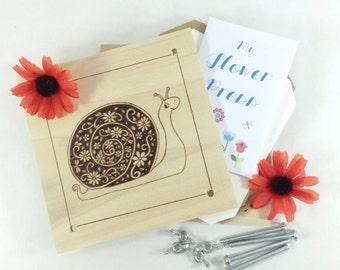 Flower Press - Wood Pyrography - Floral Snail Plant Press