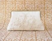 Ivory Bridal Clutch Purse / Bridemaid Clutch / Wedding clutch / Monogram Purse