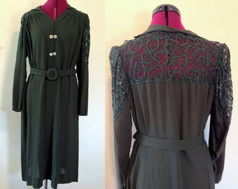 1940s Plus Size Dress / Green Dress / Vintage Green Dress with Crotchet Back / Large Vintage / 1940s Dress