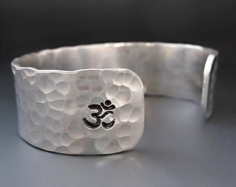 """Personalized """"OM""""  Silver Cuff Bracelet / Custom Yoga Bracelet / Yoga Jewelry / Silver Om Affirmation Cuff / Prayer Meditation Cuff"""