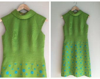 Linen dress size XS to small 1960s MOD style