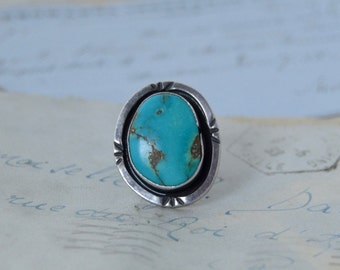 Vintage Navajo Turquoise Ring - Size  5.75