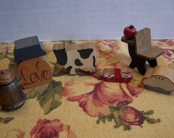 6 Piece Vintage Wood Country Doll House Miniatures Shadow Box