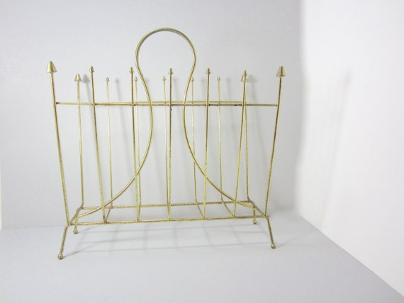 gold wire magazine rack brass mid century by littlewoodenhouse. Black Bedroom Furniture Sets. Home Design Ideas