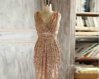 2016 Short Rose Gold Bridesmaid Dress Sequin, V Neck Luxury Sheath Evening Dress, Metallic Sparkle Wedding Dress Knee Length (TQ150D)-RENZ