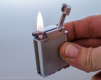 Working 1940s Gaylord English Roller Lift Arm Pocket Lighter