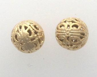 Gold plated filigree round bead: 2511