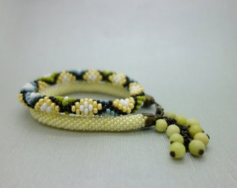 Set of 2 Roll on bangle / bead crocheted bangles in yellow, green and blue colors