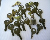 Vintage keys for crafts collecting steampunk small lock size many brands