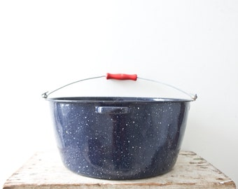 Blue Enamel Bowl Large Metal Vintage Bucket Container Vintage Bowl with Handle Graniteware Blue Veggie Container Vegetable Garden Holder