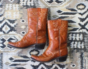 8 1/2 D Men's Campus Boots / Glossy Brown Calvary Boots / Vintage Western Shoes / Women's Size 10