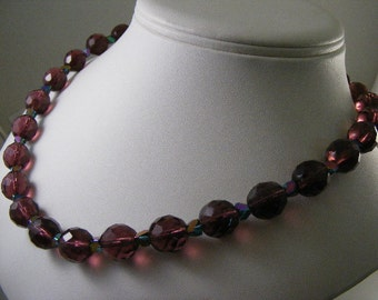 Vivid Purple Faceted Glass Bead Necklace..... Lot 4482