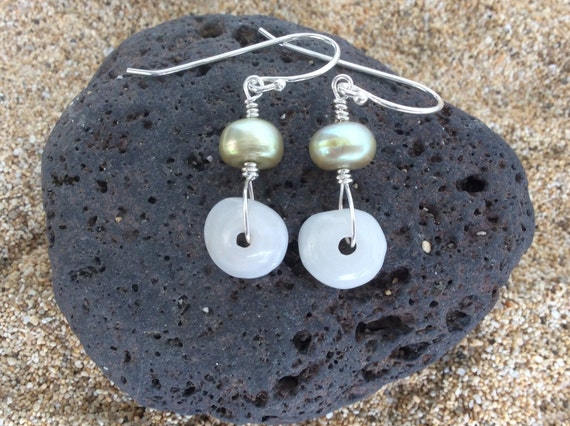 Hawaiian Puka Shell, Pearl, Sterling Silver Earrings