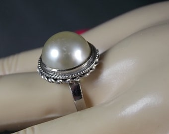 Vintage Mabe Pearl Ring 14mm Pearl White Gold 18K 5.3gm Size 7.25  Bezel Set