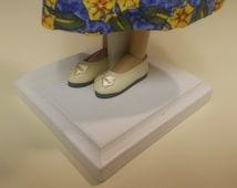 """Monique LIGHT CREAM Fancy Slip Ons Shoes  44mm Fits 14""""  Tonner Patience, NuMood, Ellowyne"""