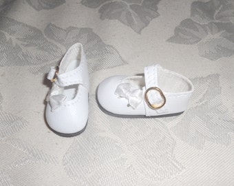 White Monique 47mm  Side Ribbon Mary Jane Shoes Fits Helen Kish Bitty Bethany, Ann Estelle, Mary Hoyer