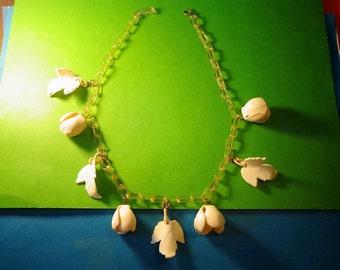 sale CELLULOID NECKLACE 20's Ivory White FLOWER Rose & Leaf Gorgeous Plastic Art Deco Vintage Bakelite era Jewelry