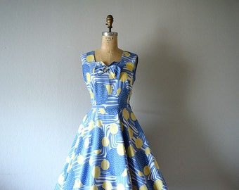 1950s 1960s sundress . vintage 50s circle print dress