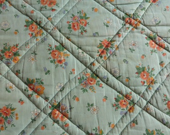 Vintage French quilted quilt boutis bedspread comforter padded throw coverlet bed spread w roses decor, 1900s vintage bedding spread linens