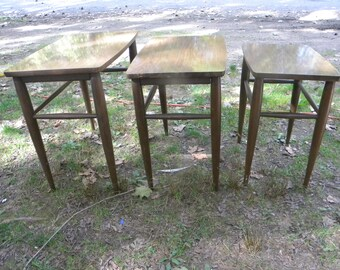 Set Of 3 Clean Vintage Mahogany 1940s Or So MERSMAN NESTING TABLES