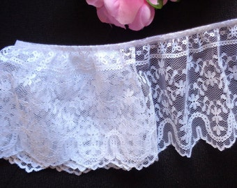 Ruffled Lace, 4 inch wide white color selling by the yard