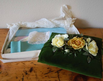 Vintage Green Velvet Muff Vintage Wedding Muff Winter Muff Vintage Silk, Lace and Tulle Fabric Pieces from The Eclectic Interior