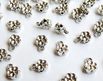 20 Flower Bails antique silver beads 8x6mm PGC189