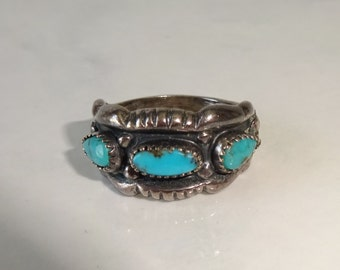 Vintage Turquoise and Sterling Silver Ring Small Size 5 1/2