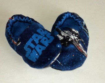 Star Wars Baby Shoes, Star Wars Baby Boy Or Girl Booties, Newborn Crib Shoes, Geek Baby, Slippers, Nerd Baby, Baby Shower Gift Made To Order