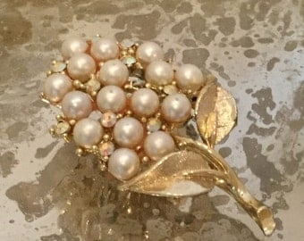 Leaf with Pearls Brooch Pin